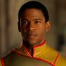 Mike Wade en el papel de Fitz Small / The Flare