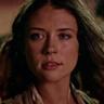 Mia Tomlinson en el papel de Anne Bonny