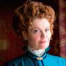 Rebecca Wisocky en el papel de Hetty
