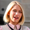 Tavi Gevinson en el papel de Kate Keller