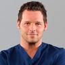 Justin Chambers en el papel de Dr. Alex Karev