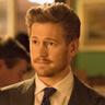 Gavin Stenhouse en el papel de Evan Hartley