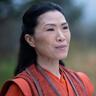 Vanessa Kai en el papel de Pei-Ling Zhang