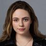 Danielle Rose Russell en el papel de Hope Mikaelson
