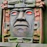 Dee Bradley Baker en el papel de Olmeca