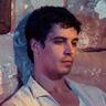 Raphael Acloque en el papel de Adham Abaza