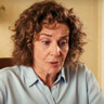 Debra Winger en el papel de Ruth Corman