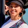 Noemi González en el papel de Suzette Quintanilla