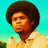 Isaiah John en el papel de Leon Simmons