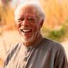 Morgan Freeman en el papel de Stuart