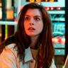 Anne Hathaway en el papel de Leah