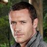 Jason O'Mara en el papel de Jim Shannon
