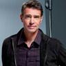 Scott Foley en el papel de Nick Blackburn