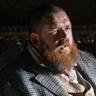 Nick Frost en el papel de Declan Orrun