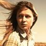 Melissa Benoist en el papel de Rachel Koresh