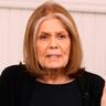 Gloria Steinem en el papel de Gloria Steinem